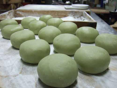白挽茶まんじゅう(青白饅頭)の作り方(その3)